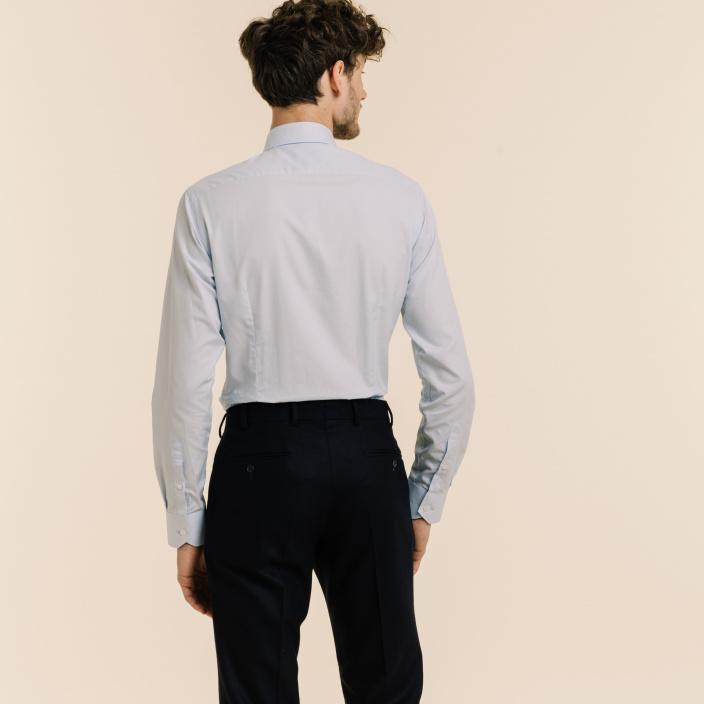 Slim fit light blue fil à fil shirt