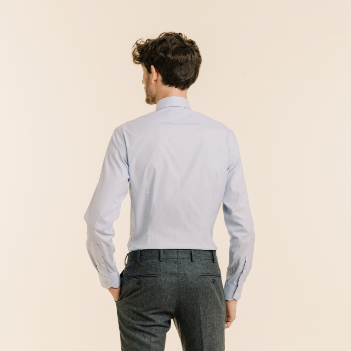 Extra fitted shirt with blue stripes