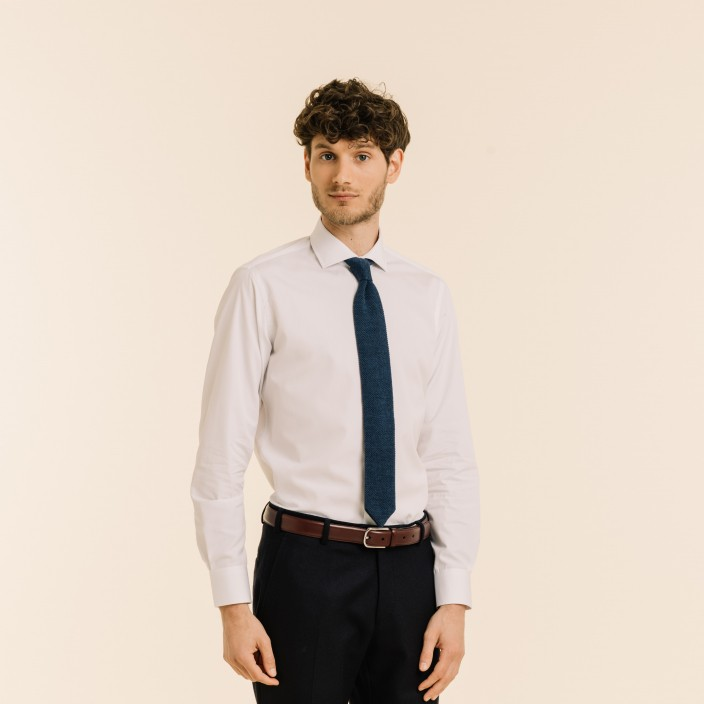 Wool blue knitted tie