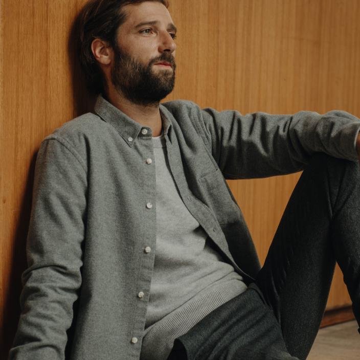 Chemise décontractée en flanelle épaisse grise