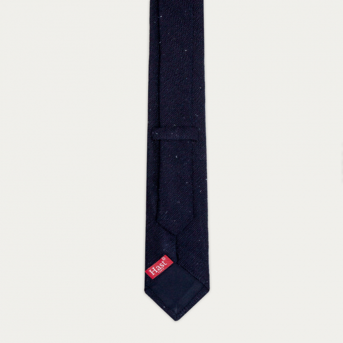 Chipped blue tie