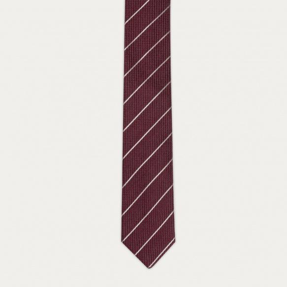Cravate texturée bordeaux à...