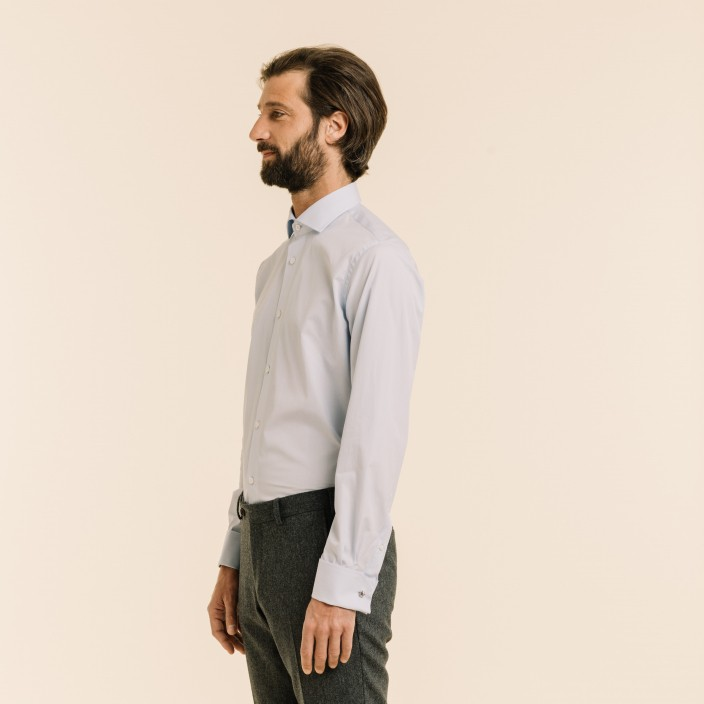 Classic fit fil-à-fil light blue shirt with French cuffs