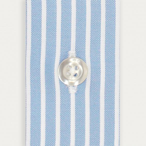 Chemise classique en oxford bleue à rayures blanches
