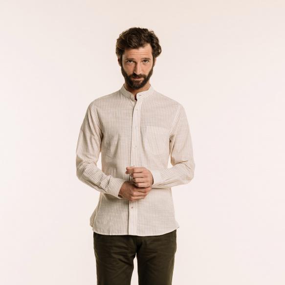 Chemise décontractée en lin et coton à rayures beiges