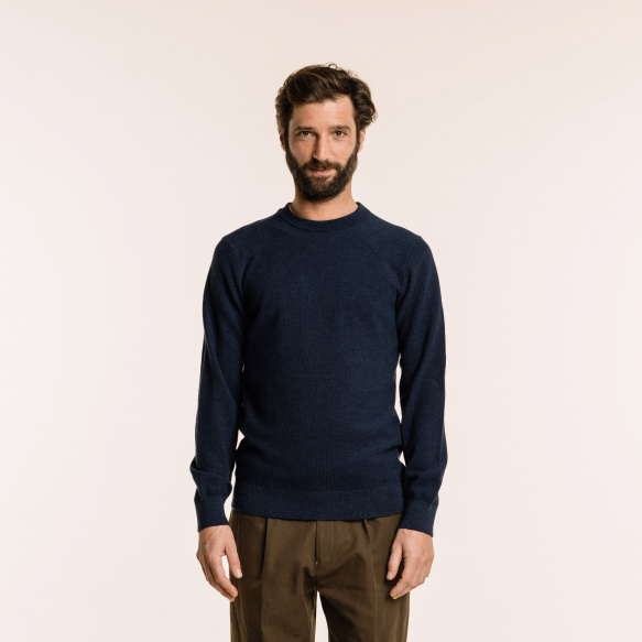 Pull en fine laine mérinos bleu