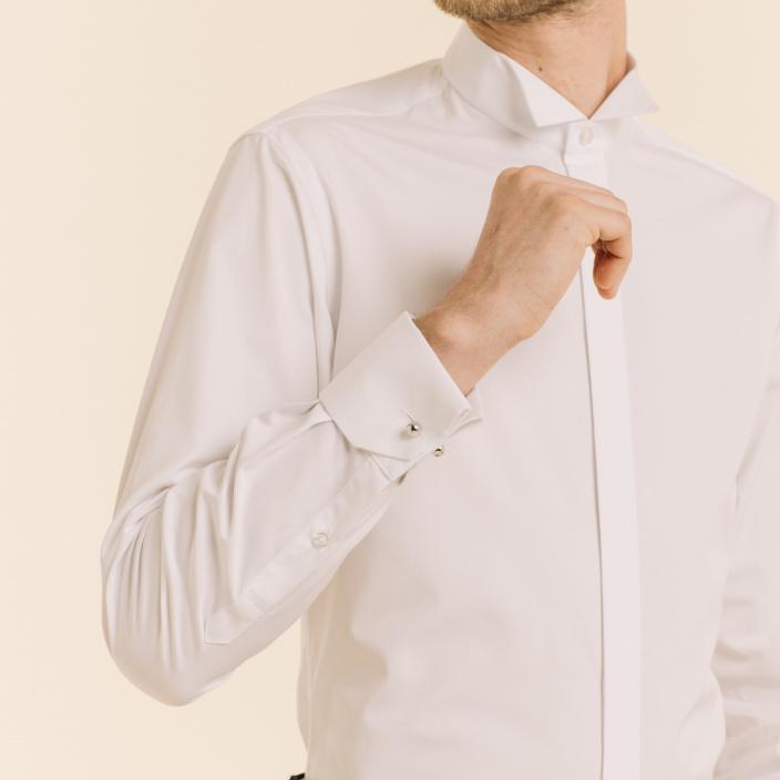 Chemise cintrée en popeline blanche