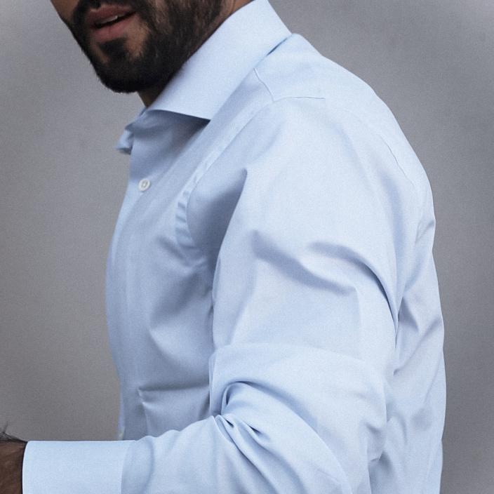 Slim fit blue twill natural stretch shirt